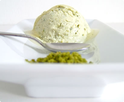 Honey Yoghurt Pistachio Ice Cream
