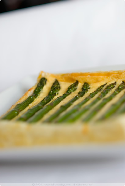 Green Asparagus Tart with Potatoes